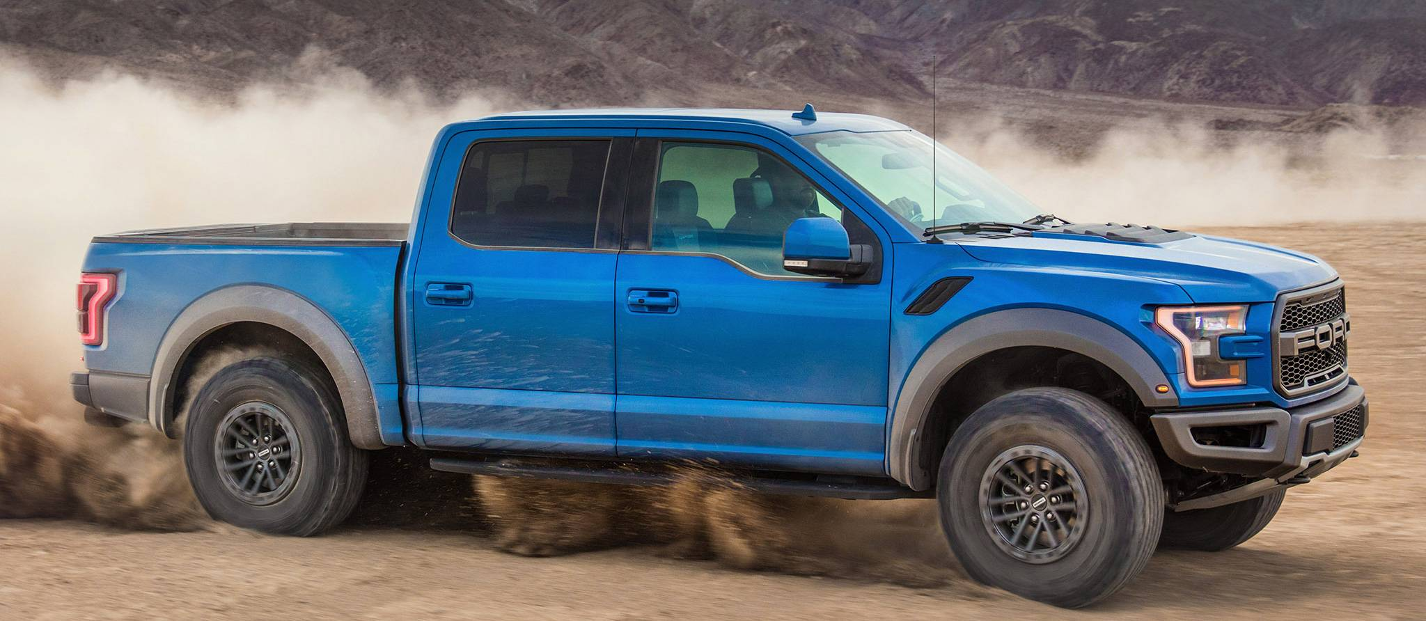 2020_Ford_F150-2