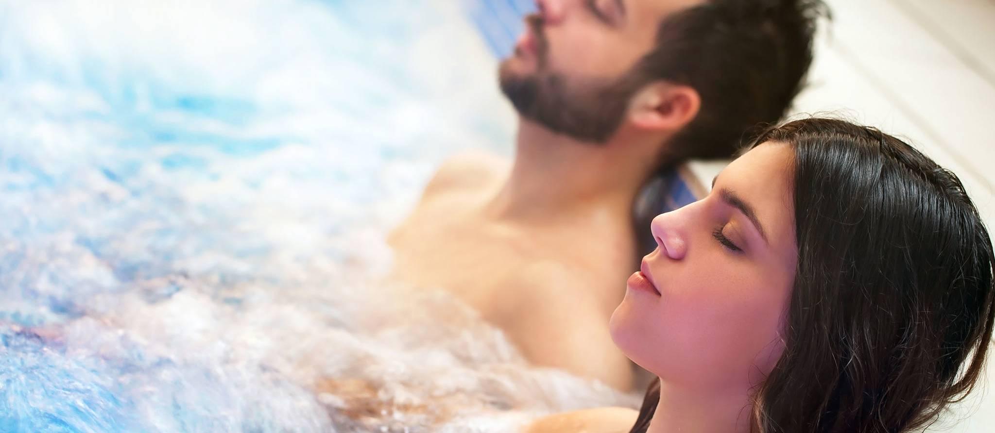 Un spa avec cheri et plusieurs bacteries
