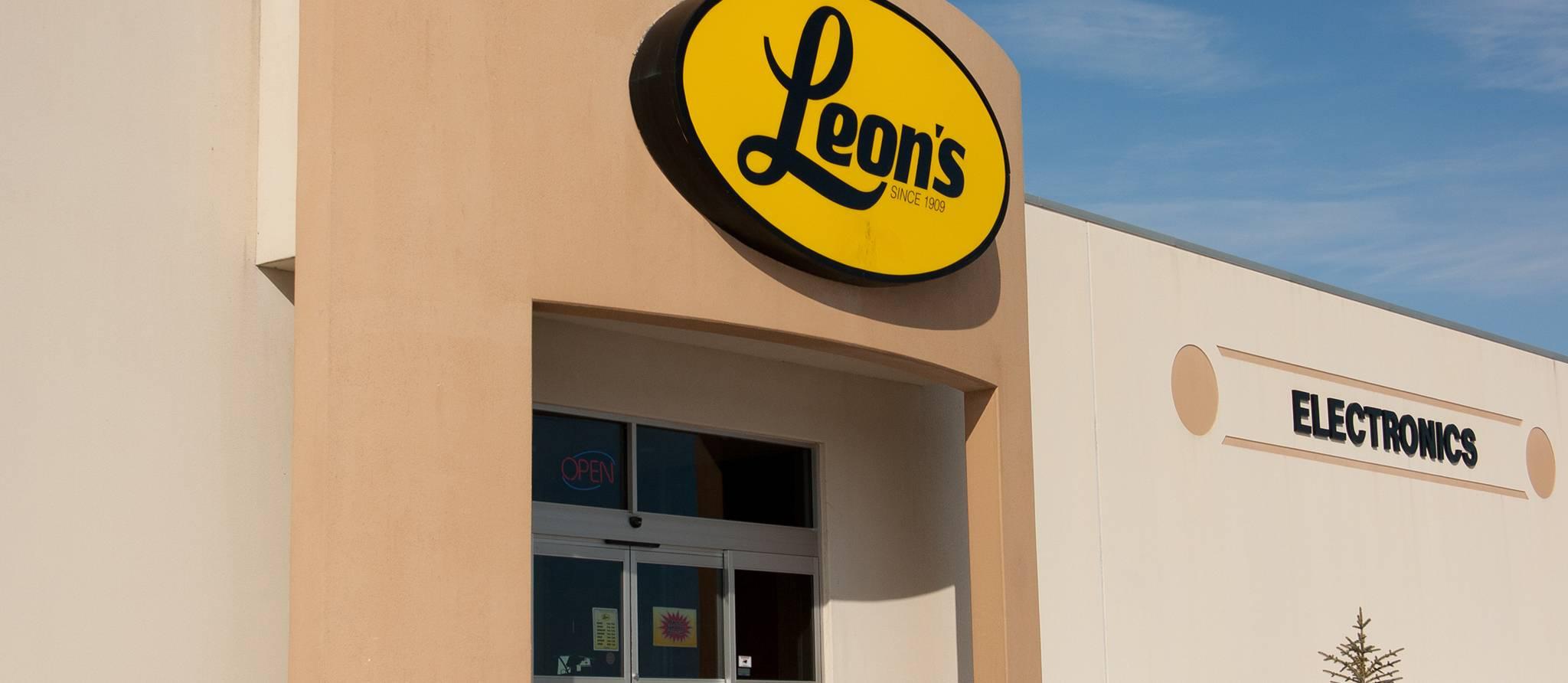 Leon Coupable D Avoir Trompe Ses Clients Avec Ses Slogans Achetez Maintenant Payez Plus Tard Protegez Vous Ca