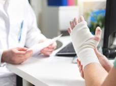 blessure-main-medecin