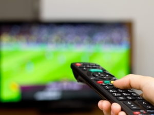 Télécoms: des services télé plus abordables en 2016
