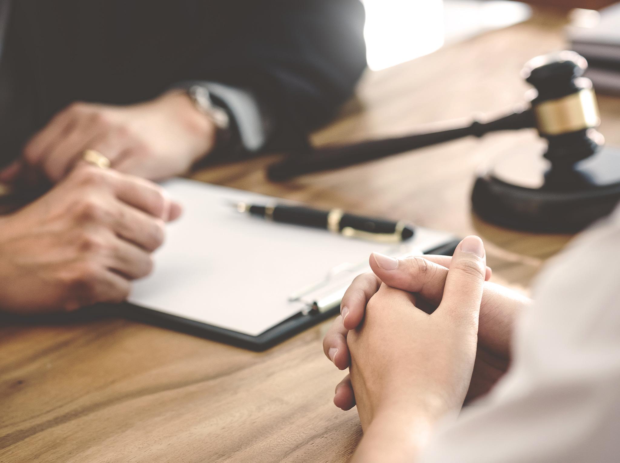 Obtenez des conseils juridiques gratuits ou à faible coût protégez