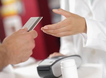 Les Canadiens paient leurs médicaments génériques deux fois plus cher