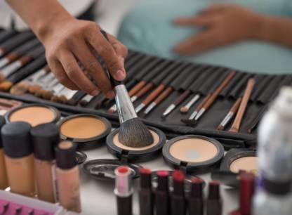 Metaux toxiques dans produits de maquillage