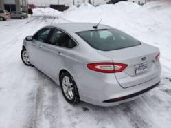 Le look revu de la Ford Fusion est similaire à celui de la Ford Mondeo vendue sur d'autres marchés.