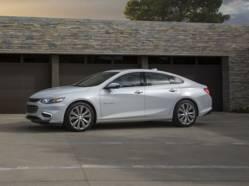 Chevrolet inaugure la «fonction ado» dans la Malibu 2016