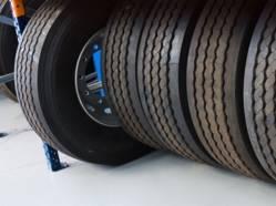 Votre garagiste doit reprendre vos vieux pneus