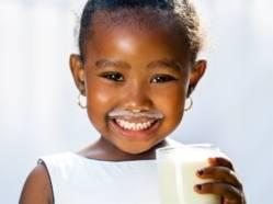 Brève - Vitamine D: lait vs boissons végétales