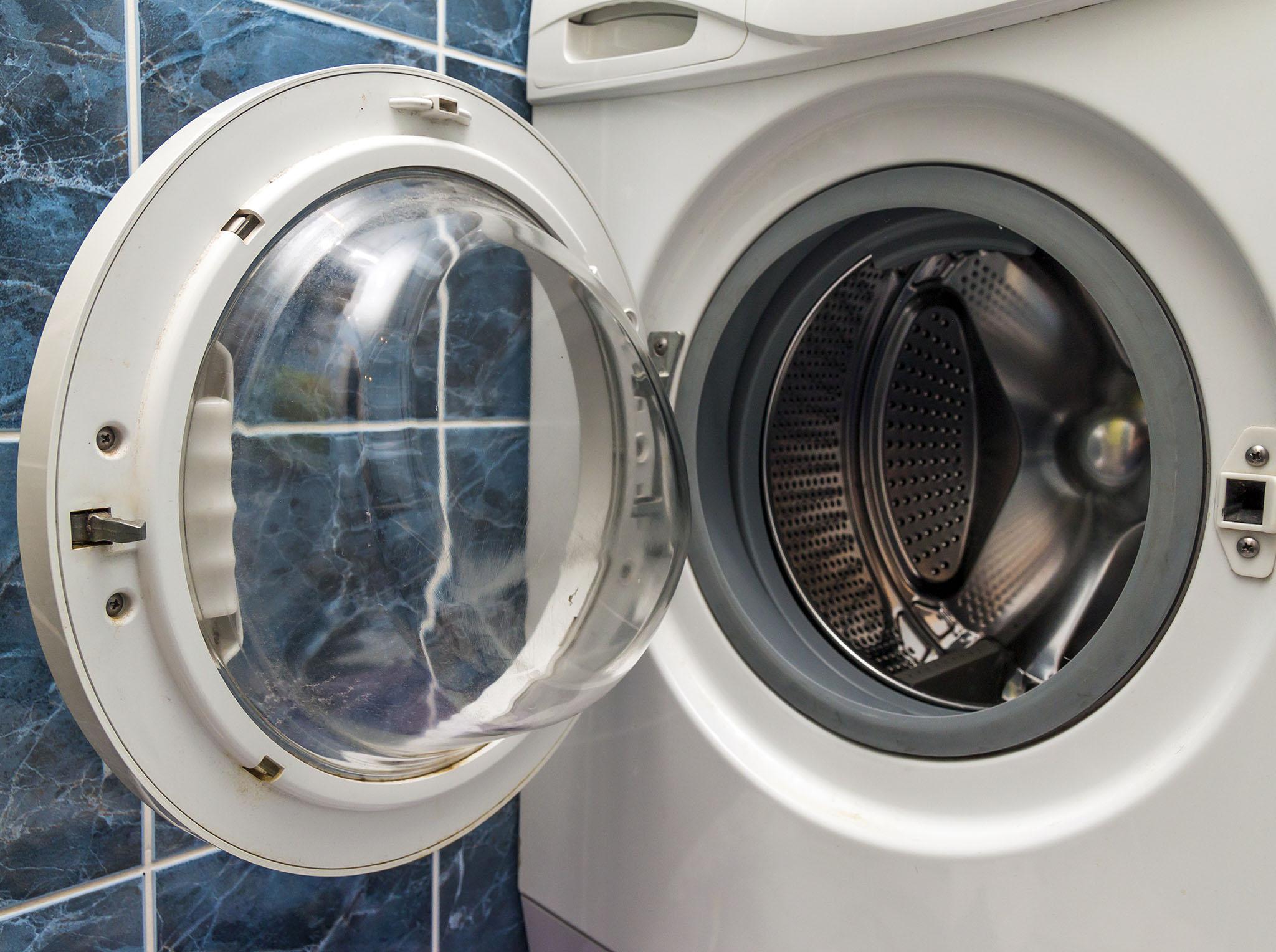 Nettoyer Machine À Laver Le Linge comment se débarrasser des mauvaises odeurs dans la laveuse