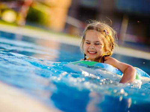 Piscines des normes plus strictes mais pas pour tout for Norme securite piscine