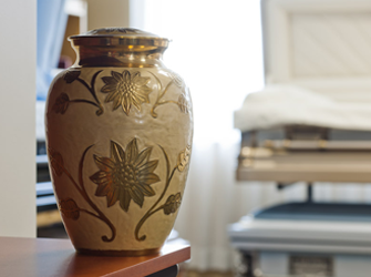 urne funeraire peut on la garder chez soi